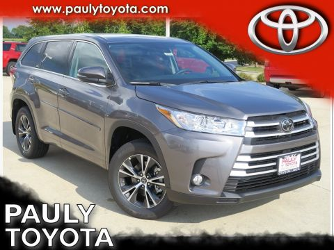 New 2018 Toyota Highlander LE Plus AWD