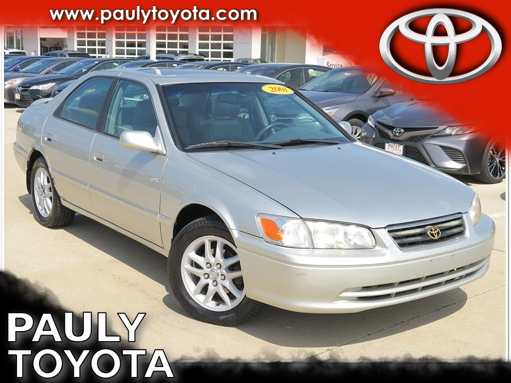 Pre Owned 2001 Toyota Camry Xle 4d Sedan In Crystal Lake