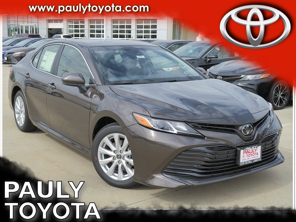 new 2018 toyota camry le 4d sedan in crystal lake ca28534 pauly toyota. Black Bedroom Furniture Sets. Home Design Ideas